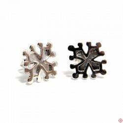 Boucles d'oreilles type bouche-trous croix occitane biseautée en argent massif