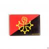 magnet croix occitane au poing levé