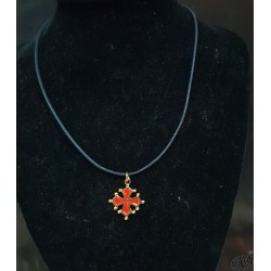 collier et pendentif croix occitane sang et or