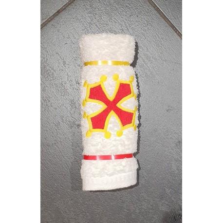 essuie-mains croix occitane avec anneau