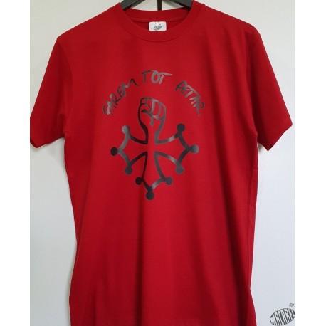 T-shirt Homme Farem Tot Petar croix au poing rouge
