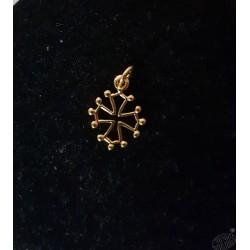 pendentif croix occitane évidée dorée 1,5cm