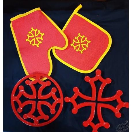 Lot dessous-de-plat croix occitane, gant et manique